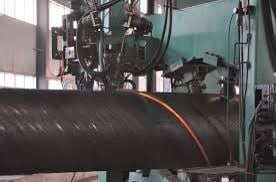 Analyzing cracks in spirally welded pipe